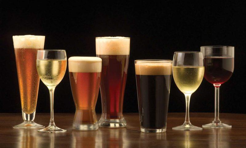 Il consumo italiano di birra e vino