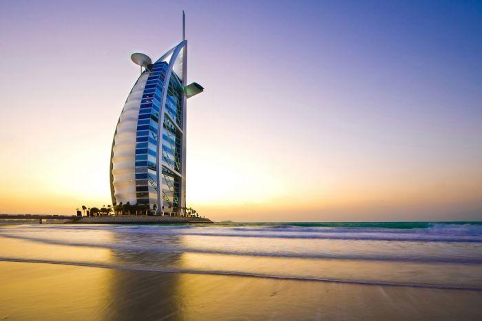Come vendere vino a Dubai