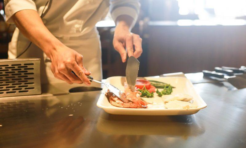Scopri il corso CEF per diventare cuoco con un docente d'eccezione, Cannavacciuolo