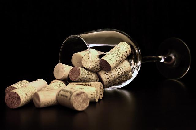 Digital strategy per il settore wine: come ottenere risultati sui social