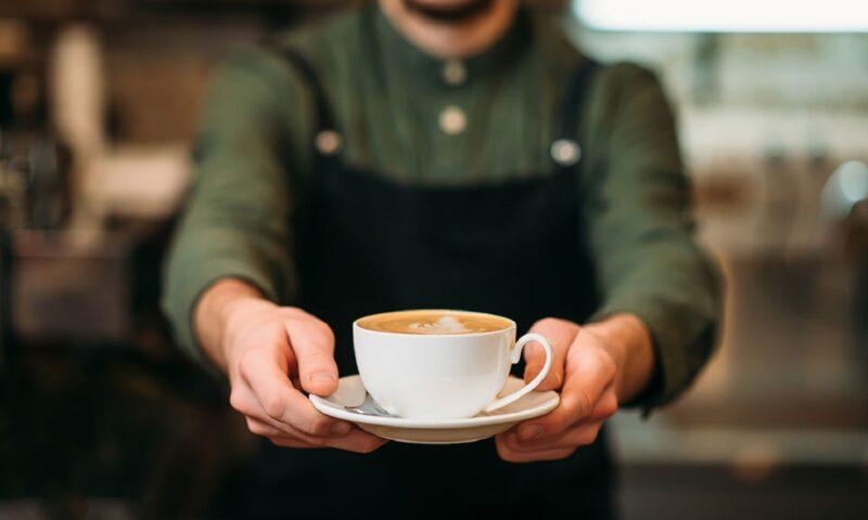 Il galateo del caffè: come va servito e come berlo!