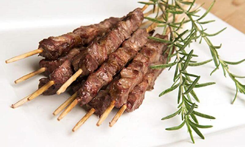 Arrosticini abruzzesi: un viaggio tra tradizione e gusto